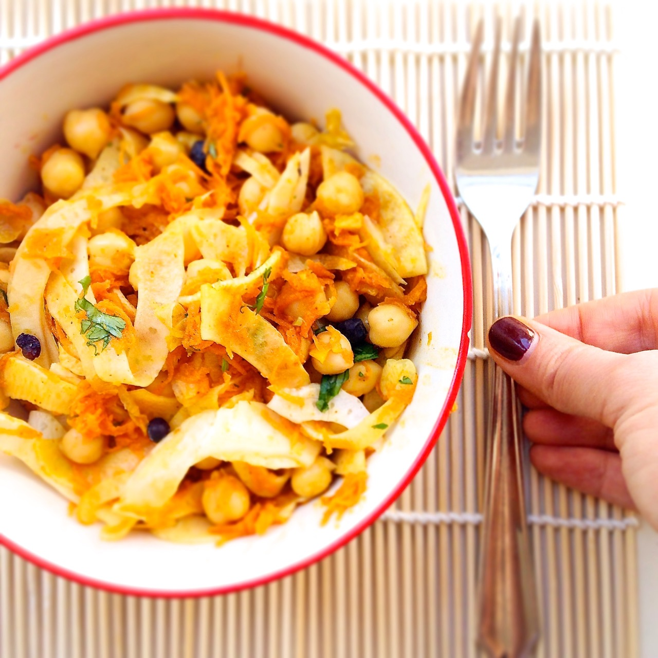 kichererbsen, karotten, fenchel, indisch, scharf salat, vegan, low carb clean eating indian