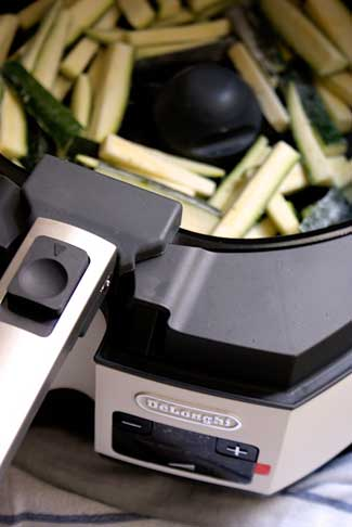 Zucchini Pommes Frites, Zucchini Fries, Zucchini Pommes, foodblog österreich, foodblog austria, foodblogger österreich, vegetarischer foodblog, vegan, foodblog graz, vegetarische rezepte, vegane rezepte, glutenfrei