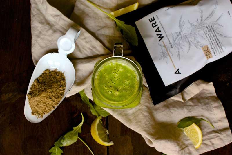 green smoothie, gesundes frühstück, smoothie, foodblog österreich, vegetarische Rezepte, vegan, vegane Rezepte, smoothie Rezepte, hanfprotein, aware