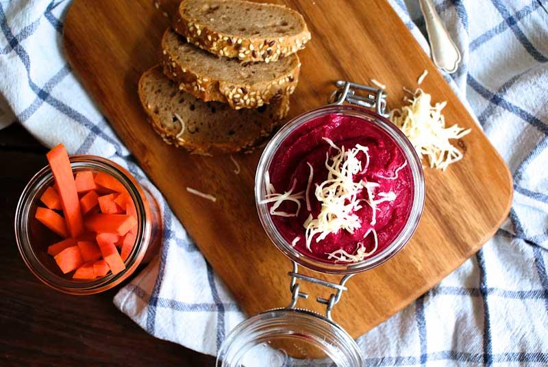 foodblog Österreich, vegetarischer foodblog, vegan, vegetarisch, rote bete, wohnen hummus, rote bete hummus, Rezept rote bete, glutenfreie rezepte